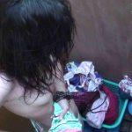 シャワールームは超!!危険な香りVol.2 カメラに目線をやるのですがまったく気が付きません。 美しいOLの裸体  83pic